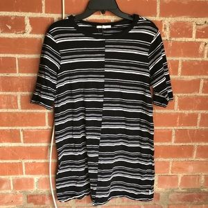 VANS stripes tunic top black and white